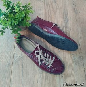 NWOT Ecco Maroon Patent Leather Lace Up Shoes
